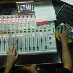Técnicos de sonido (o el que manda realmente en el estudio).