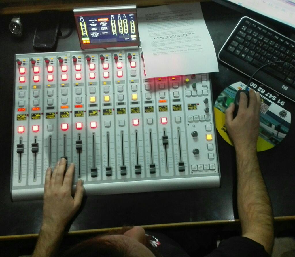 técnico de sonido radio4g alberto espinosa